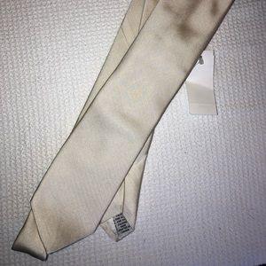 Dion Tie